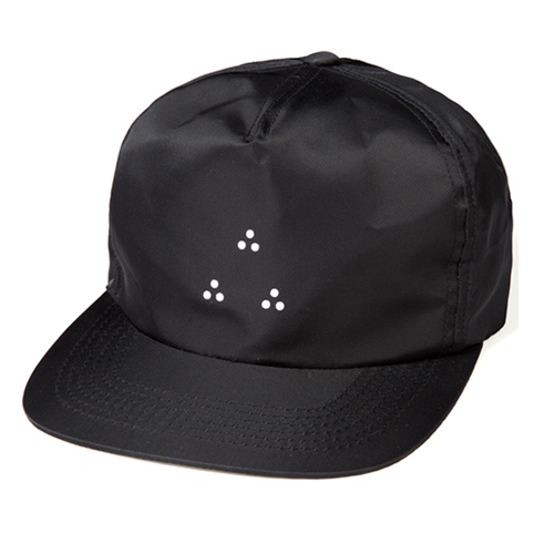 LEATA리타_Tri-dot zip back 5 panel cap black스트랩백&볼캡