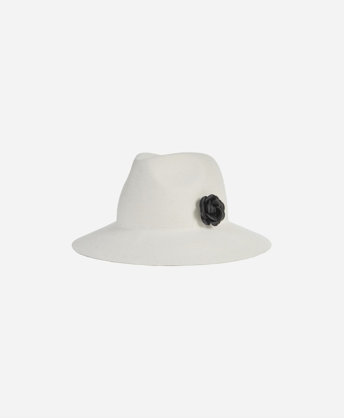 VARZAR바잘_Varzar Camellia wool floppy hat cream